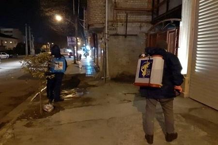 دانشجویان بسیجی آستارا معابر را ضدعفونی کردند