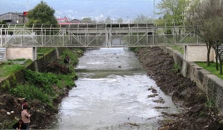 لایروبی رودخانه های آستارا برای جلوگیری از سیلاب های فصلی