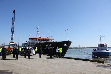 بوق کشتیهای بندر آستارا به یاد شهدای سلامت طنینانداز شد