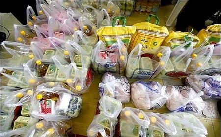 توزیع بسته های غذایی بین محرومان آستارا