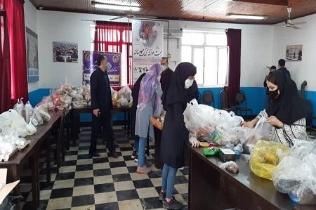 سمنهای آستارا ۴۰۰ بستهغذایی به نیازمندان توزیع کردند
