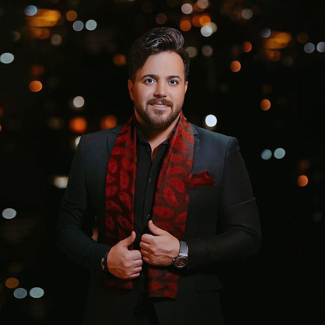 دانلود اجرای زنده آهنگ علی عبدالمالکی به نام خوش بحالت